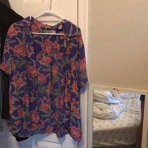 Vintage silk button down floral short sleeve shirt